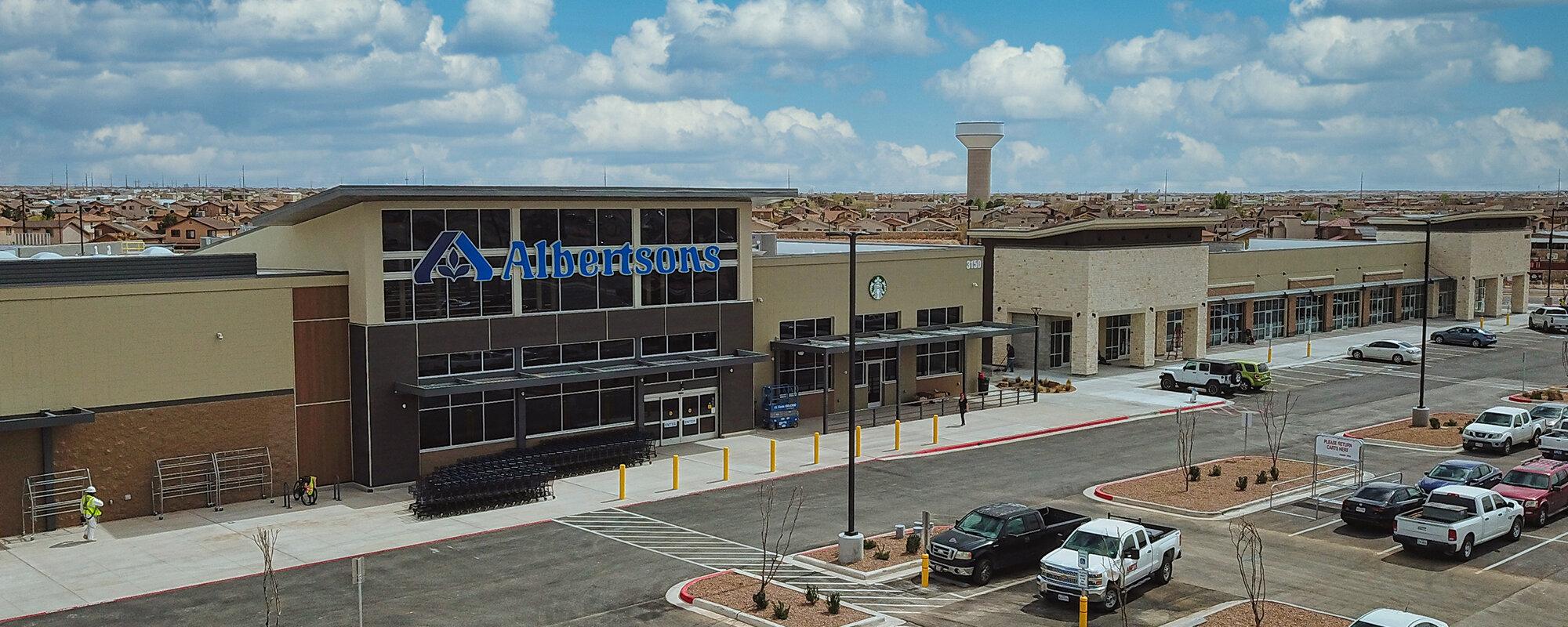 Rent retail space in El Paso, Texas