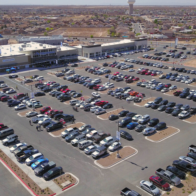 Albertsons opens largest El Paso store, donates $200,000 to charity