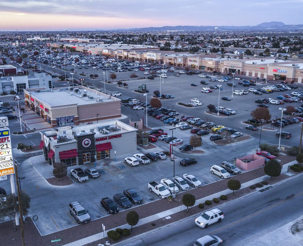 Pad - El Paseo Marketplace