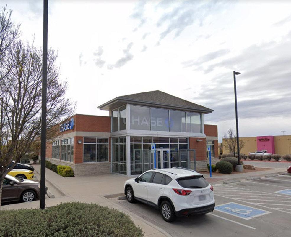 Chase Bank - El Paseo Marketplace