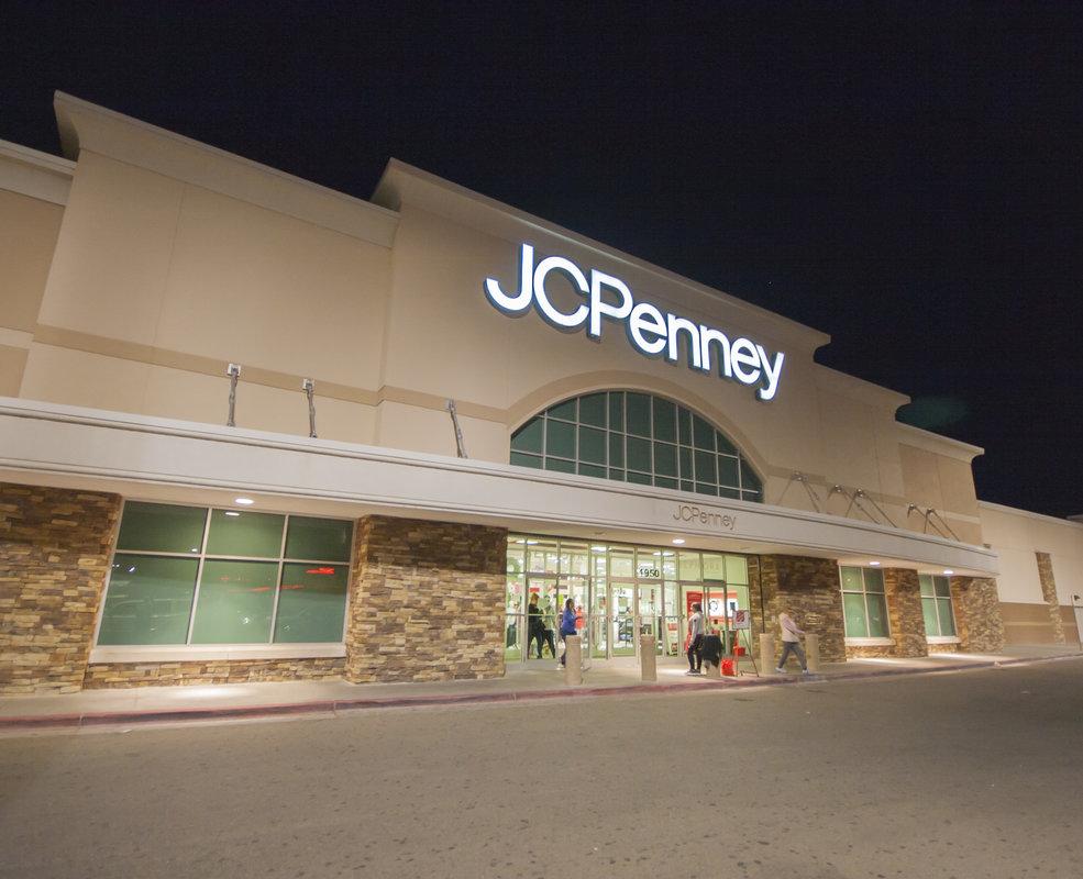 JC Penney - El Mercado Plaza