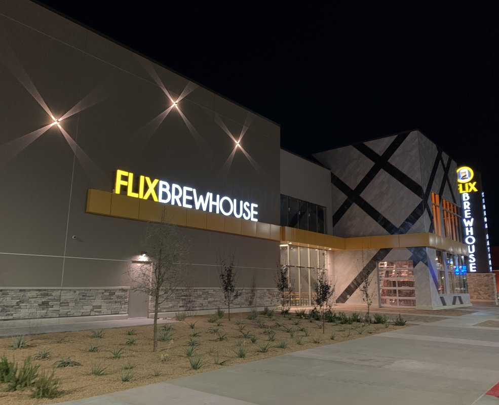 Flix Brewhouse - West Towne Marketplace